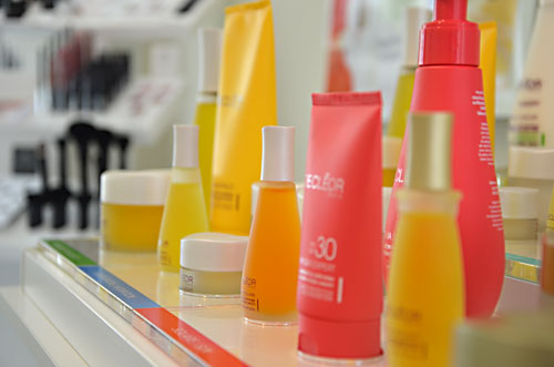 Decleor product display